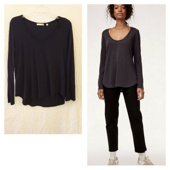 Aritzia Wilfred Free BOCAL Long Sleeve Scoop Neck